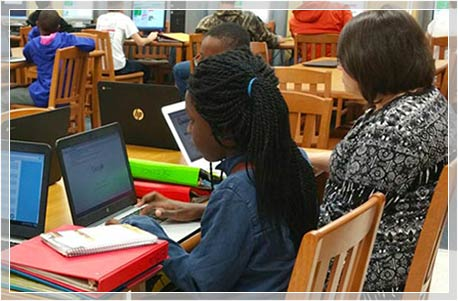 VMHS Students learn code